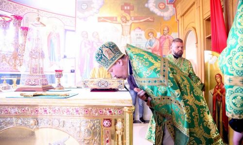 В день памяти преподобного Антония Римлянина протоиерей Николай Коржич сослужил епископу Слуцкому и Солигорскому Антонию за Божественной литургией
