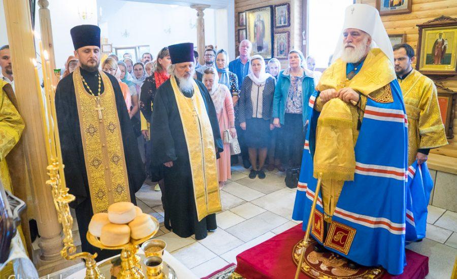 Митрополит Павел возглавил всенощное бдение в Князь-Владимирском храме Минска