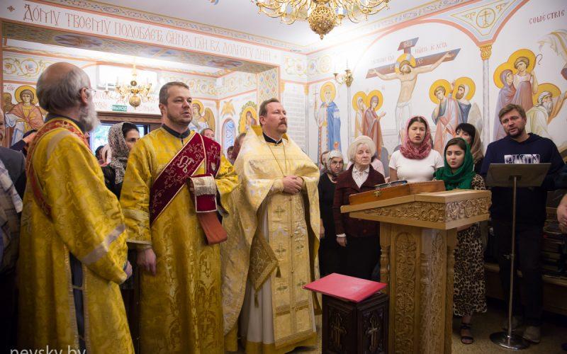 Протоиерей Николай Коржич возглавил Литургию в 8-ю Неделю по Пятидесятнице