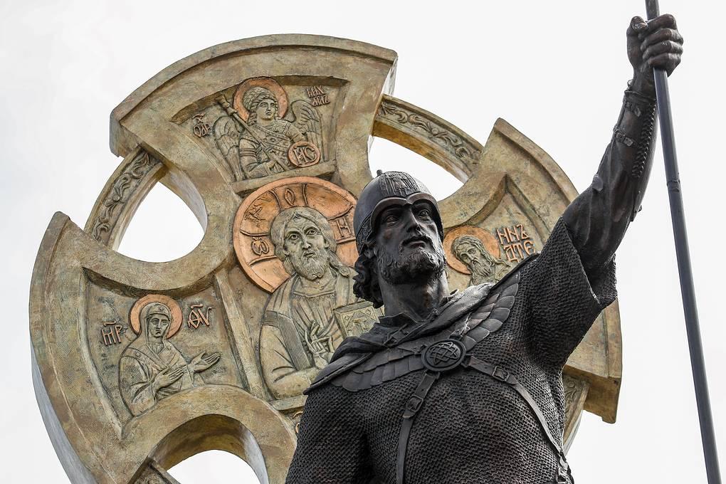 """Святой Александр Невский: победа Христа и """"баланс сил"""""""