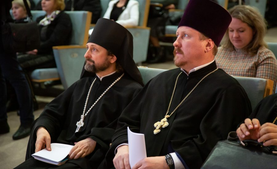 Настоятель Александро-Невского храма принял участие в церемонии открытия Пятых Белорусских Рождественских чтений